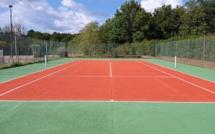 Un court de tennis refait à neuf !!